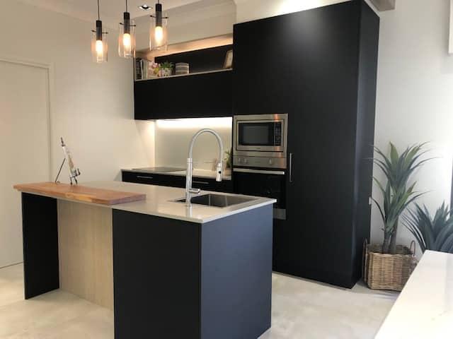 Coastal Theme — Askin Cabinets in Caloundra, QLD