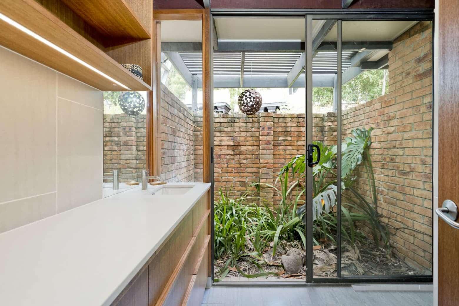 custom bathroom cabinetry - Sunshine Coast Cabinet Makers (1)