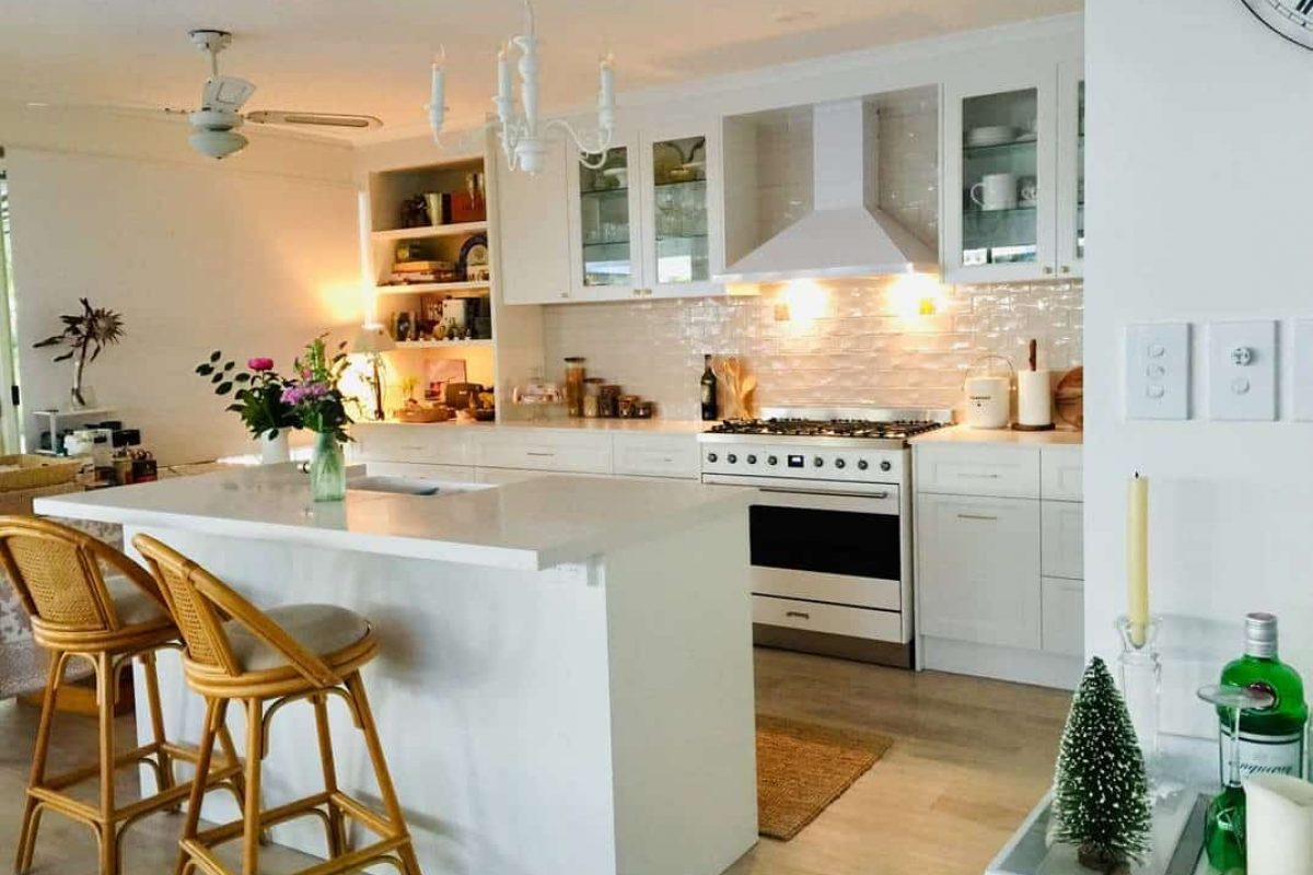 White Themed Kitchen — Askin Cabinets in Caloundra, QLD